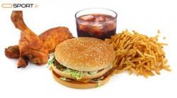 چگونه خوردن فست فود بر سیستم ایمنی بدن اثر می گذارد؟