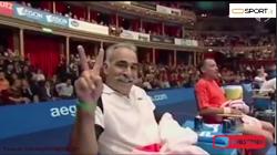 لحظات خندهدار بازی منصور بهرامی، نفر اول تنیس نمایشی جهان